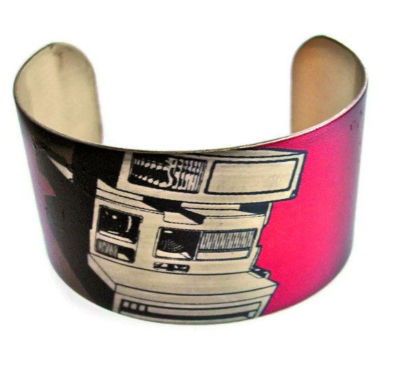 Polaroid Camera cuff bracelet Free Shipping Worldwide vintage style brass