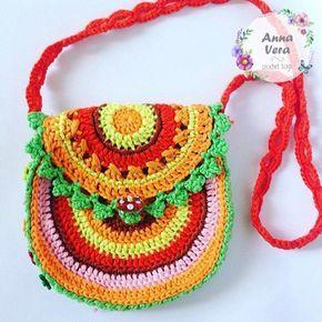 Яркая детская сумочка крючком от Anna Vera. Описание вязания, схемы