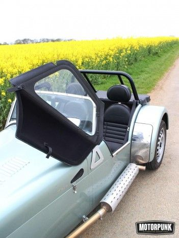 basic caterham 160 door and roof detail (1)