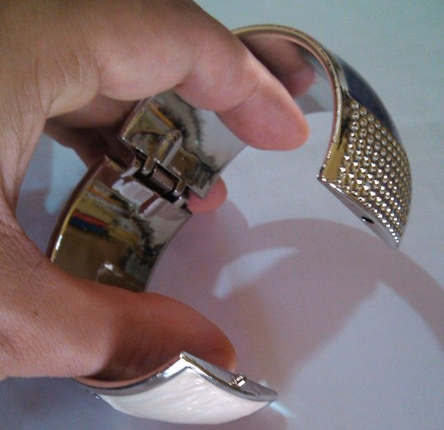 Bracelete Feminino - Aurora por R$8,90