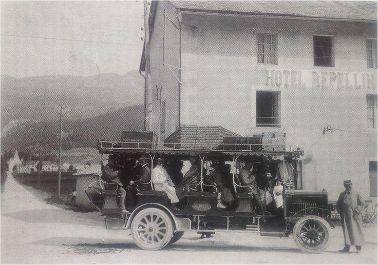 1911 - Autocar entre Villard-de-Lans et Grenoble, halte à Lans, 1911