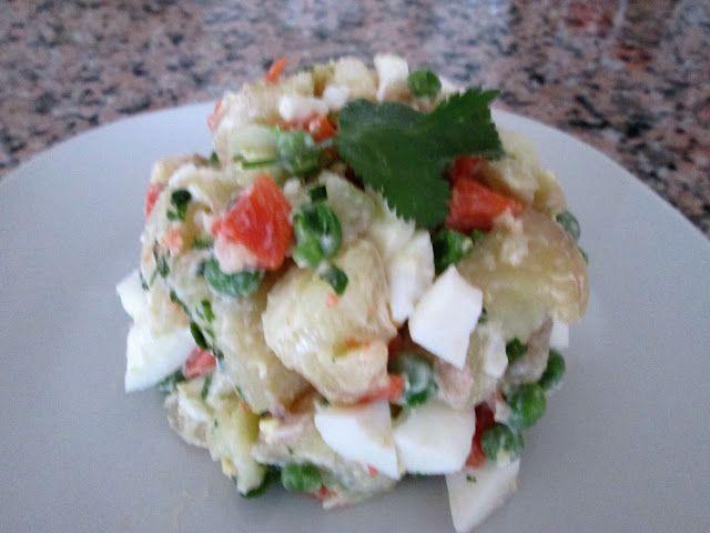 Cocina Chilena e Internacional: ENSALADA RUSA  (para 3 personas)