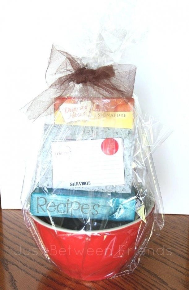 32 Perfect Wedding Gift Baskets For Bride And Groom Gifts