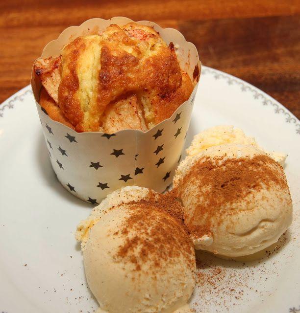 My Little Kitchen:Apple- and cinnamon muffin