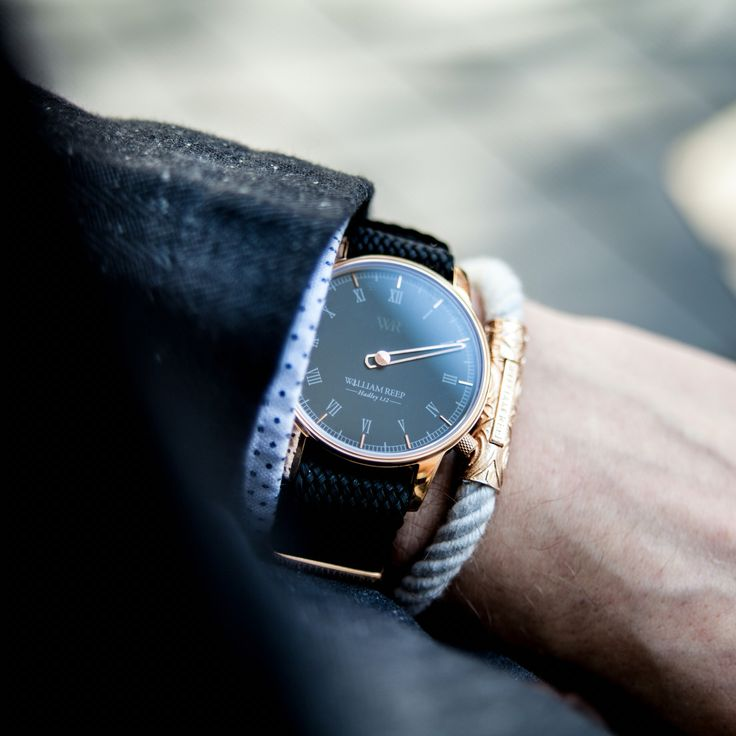 Beautiful #watch by #williamreep #simple and #nice #onehandwatch