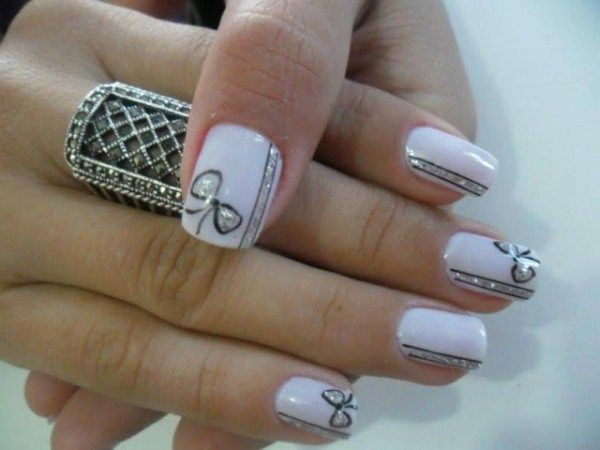 Top 20+ Easy Nail Art Designs in Latest Patterns for Women