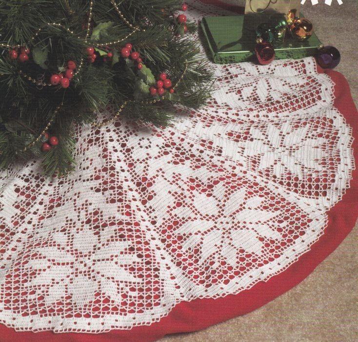 pictures of crocheted christmas skirts | Poinsettia Christmas Tree Skirt Crochet Pattern in ... | Filet Crochet