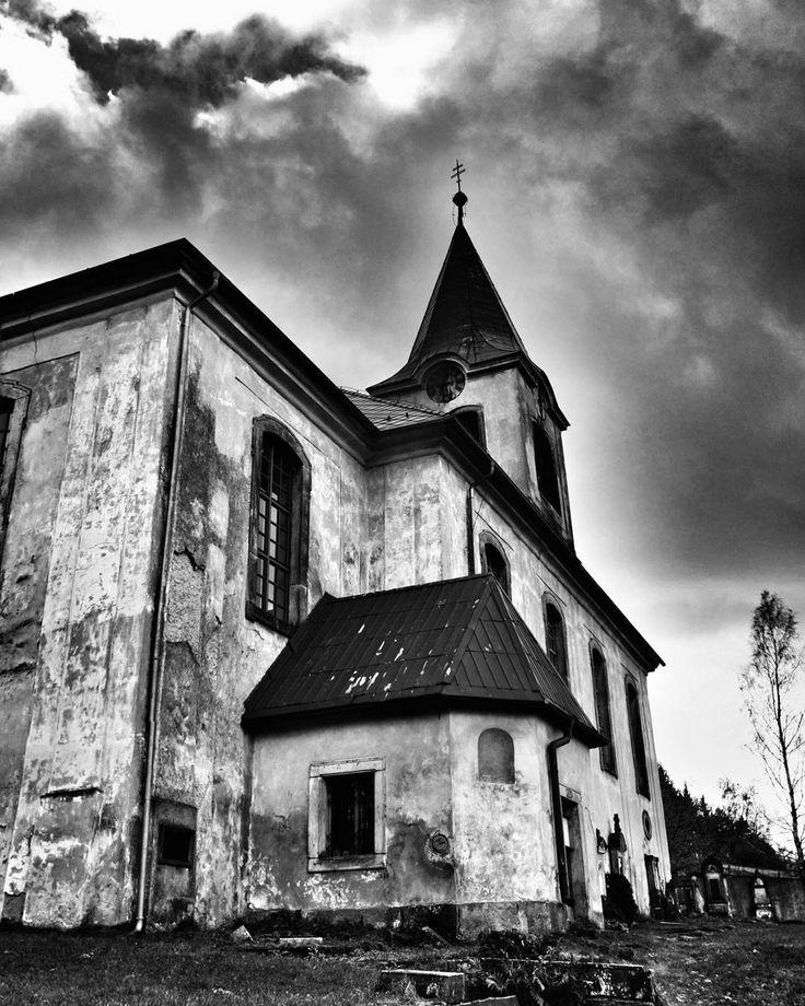 #kostel #kirche #church #blackandwhite #blackandwhitephotography #libereckykraj #jitrava #pankratz #sudetenland #sudety #czech_world #czech_insta #instaczech #instadialy #igraczech #igers #igerscz