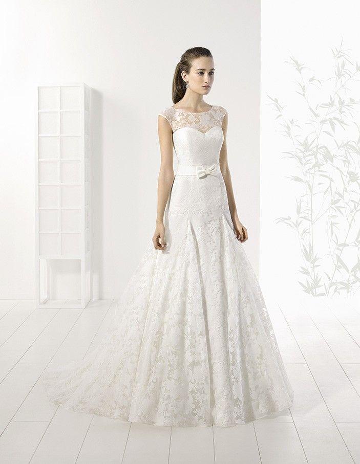 Adriana Alier by Rosa Clara tört fehér, karcsúsított esküvői ruha