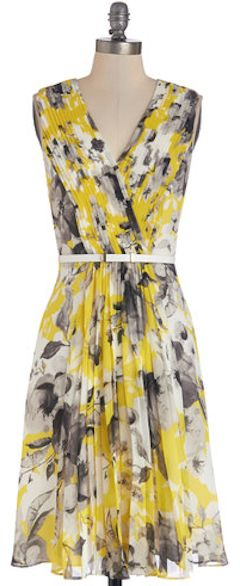 #yellow floral dress http://rstyle.me/n/h3rz9r9te