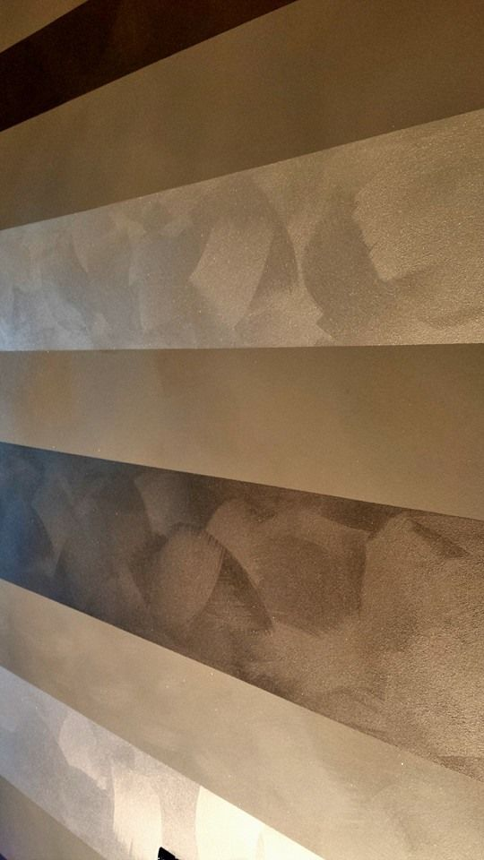 Ti piace giocare con le fasce sulle tue pareti? Con Via Lattea e Gioia puoi. Ecco come il nostro Friend Noto Decorazioni ha realizzato questa parete. #decorazione #pitturadecorativa #clubggf