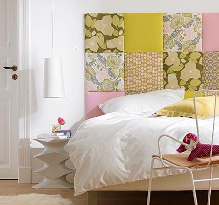 Das Kopfteil Vom Bett Kann Man Besonders Schön Hervorheben, Indem Man Die  Wand Dahinter Kreativ Gestaltet. Dies Geht Zum Beispiel Mit Klassischer  Wandfarbe.