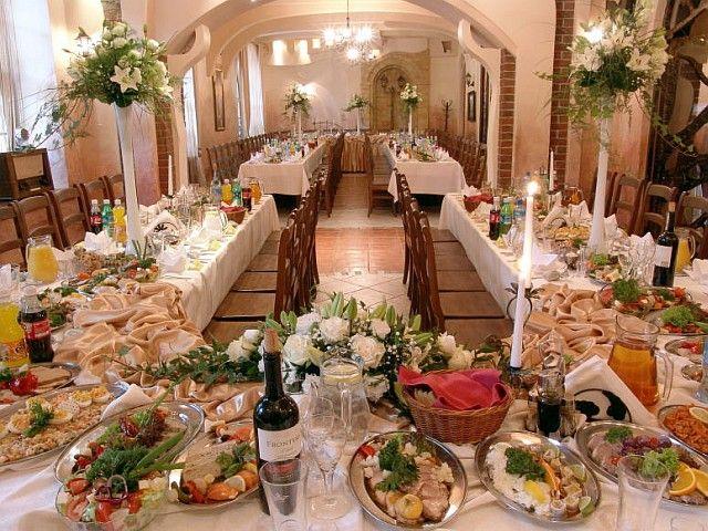 Restauracja Browar Lwów  Pełną ofertę weselną znajdziesz na http://www.gdziewesele.pl/Restauracje/Browar-Restauracja-Hotel-Lwow.html