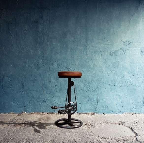 #barmøbler - #rustik #barstol