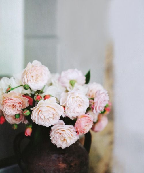 Pink flowers are always a good idea. ~ETS