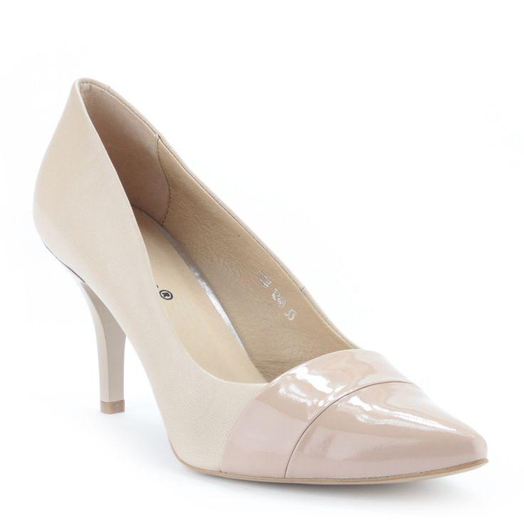 Senso női bőr alkalmi cipő 8 cm magas sarokkal | ChiX.hu cipő webáruház Női bőr cipő 8 cm magas sarokkal bézs színben. Orra lakk bőrből készült. Márka: Senso Szín: Bézs (Púder) Modellszám: 1248 33