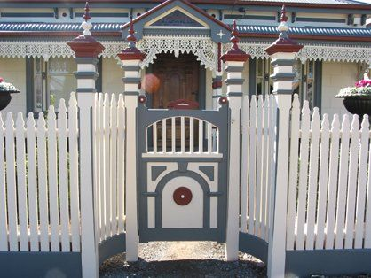 Gallery [Fence & Gates built by Perry Bird Pickets]