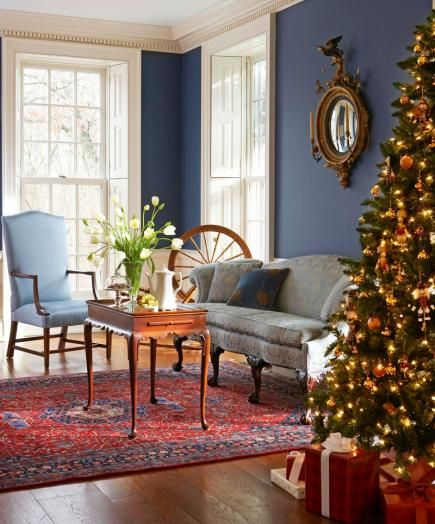 Best 25 christmas living rooms ideas on pinterest for Colonial living room design ideas