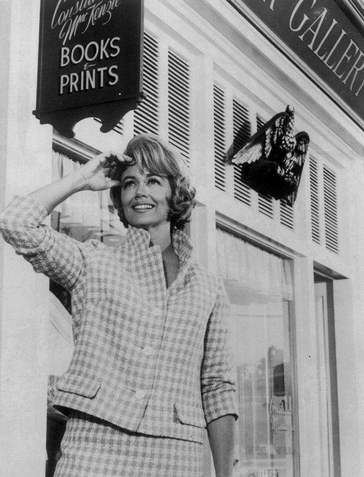 American actress Dorothy Malone, as Constance MacKenzie in 'Peyton Place' (1964).