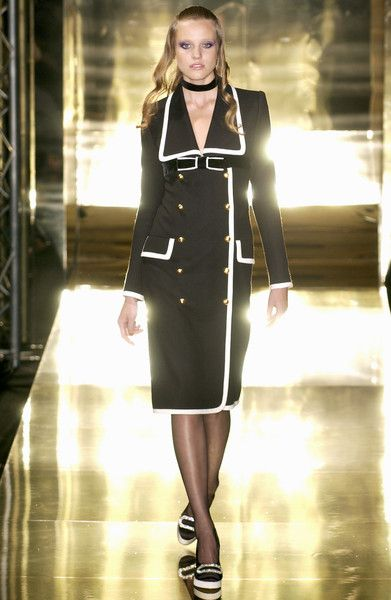jean louis scherrer at couture fall 2005 jean louis scherrer couture fashion jeans style. Black Bedroom Furniture Sets. Home Design Ideas