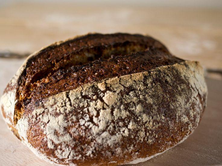 En Natuurlijk Jeroen's zuurdesem Boeren Brood
