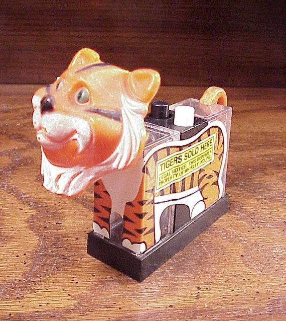 Tigers Sold Here Push Button Type Salt Pepper Shaker from Whirley Industries, Promotional