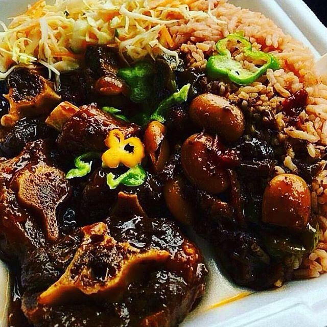 Doesn't this look delicious? Oxtail recipe at http://jamaicans.com/oxtail/  by…