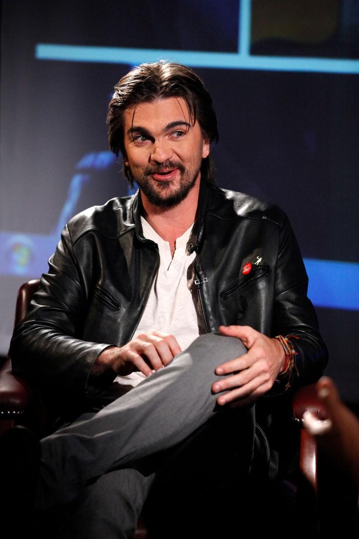 """De """"Soñar es un derecho"""", la nueva campaña que lidera la Fundación Mi Sangre, creada por Juanes, y otros temas más sobre los jóvenes, habló el artista paisa durante su visita al diario. No todo fue trabajo."""
