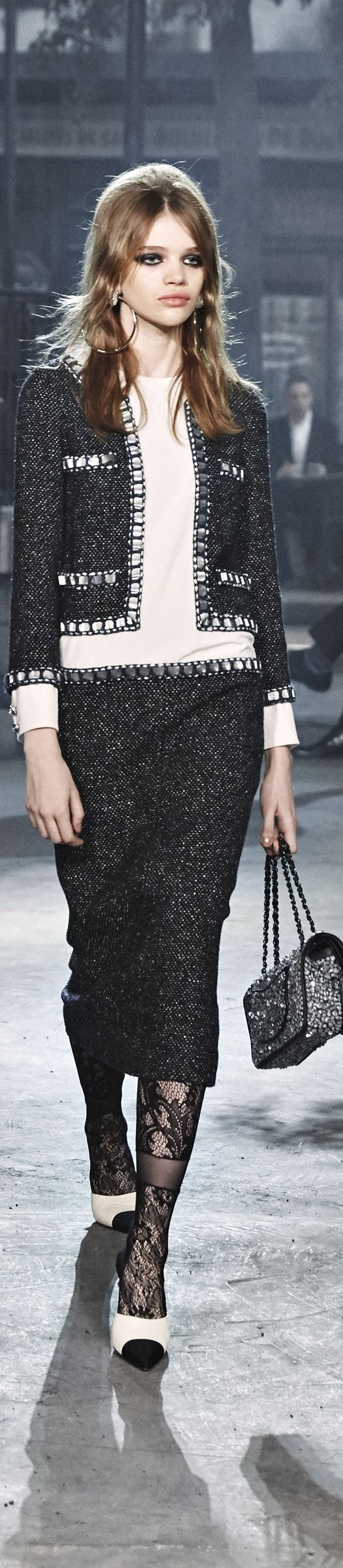 Chanel Pre Fall 2016- Metiers dArt Show Rome