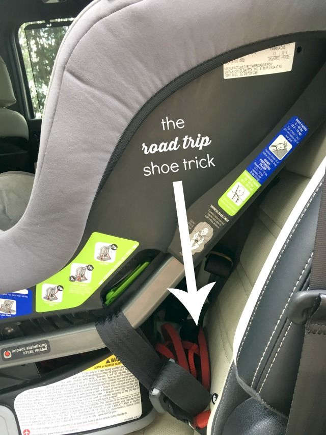 How not to lose kids shoes on a road trip! +16 more genius road trip tips with toddlers and preschoolers!