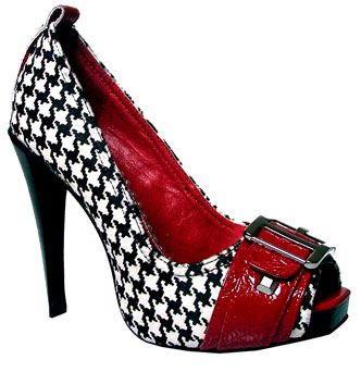 Oh my! I need to go shoe shopping:): Tide Rolls, Style, Houndstooth Heels, Rolls Tide, Alabama Shoes, High Heels, Crimson Tide, Naughti Monkey Shoes, Roll Tide