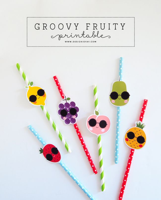 Zelfmaak rietjes voor fruitige drankjes - Printable Groovy Fruity | DESIGN IS YAY!