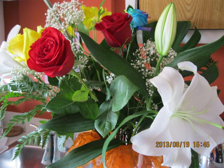 B.DAY CELEBRATION - YOUR NEW HOME, BRUNCH, BEAUTIFUL FLOWERS & SLIDE SHOW OF YOUR ROAD TRIP! XO