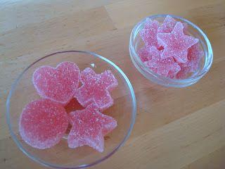 CreAnnanda: Ricetta: caramelle gommose fai da te