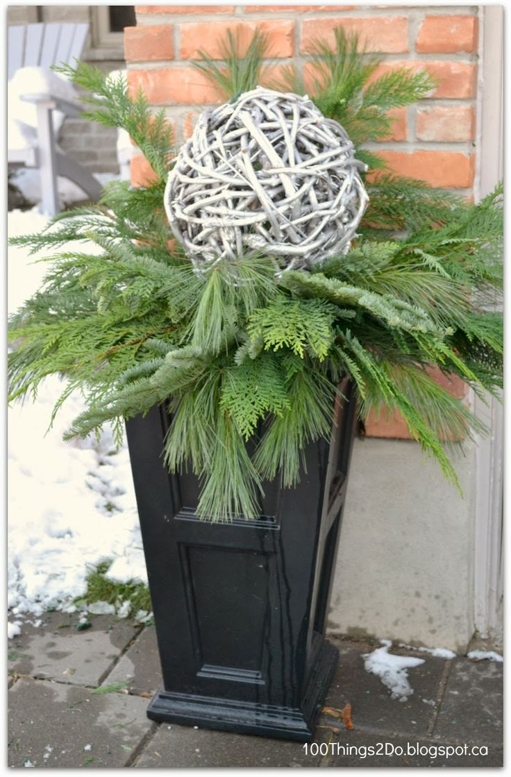100 Things 2 Do: DIY - Porch Planters for Christmas