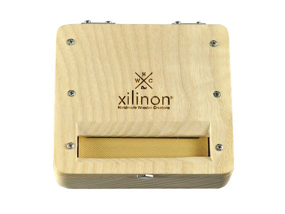 Tobacco rolling case  handmade  wooden  wood type: by Xilinon