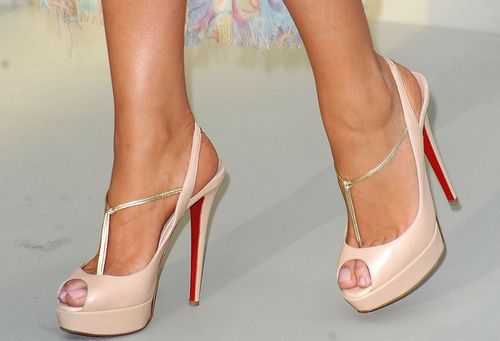 Holy crap! A slingback peep toe with a T-strap??? Not the right color, but I am most certainly in love.