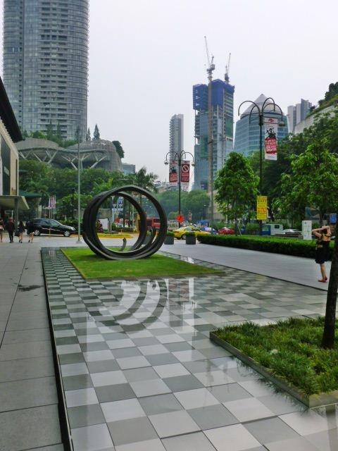 City sculpture (Singapore)