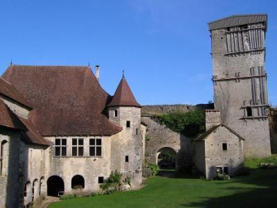 Haute saône la haute cour du château d oricourt guide touristique de la Haute-Saône Franche Comté