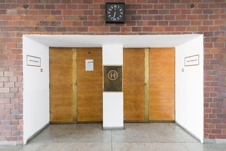 Auditory interior; Project: Jan Szymański, Andrzej Jaworski, Jerzy Andrzej Krzewiński; Toruń, 1972 ul. Gagarina 11 Interior preserved; Photographer: Tytus Szabelski.  #polish #architecture #modern #interiorarchitecture #auditory
