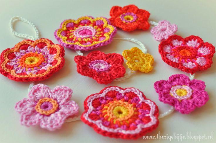 Zomerse bloemetjes slinger