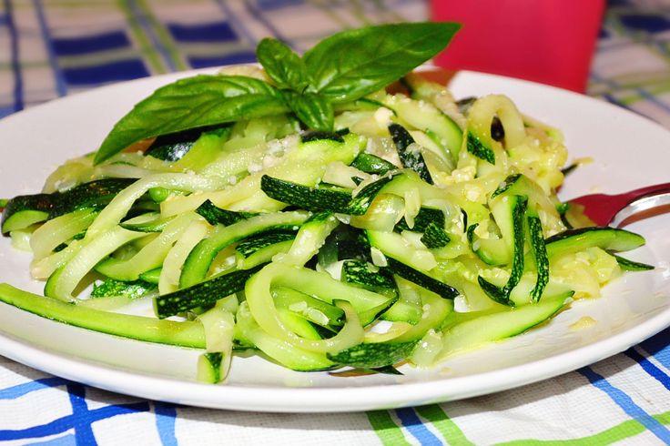 Courgettes spaghettis @ allrecipes.fr