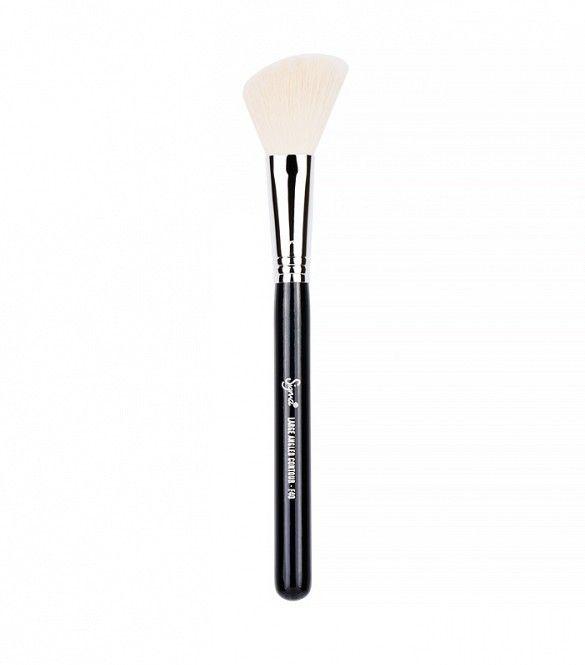 Beauty basics makeup brushes