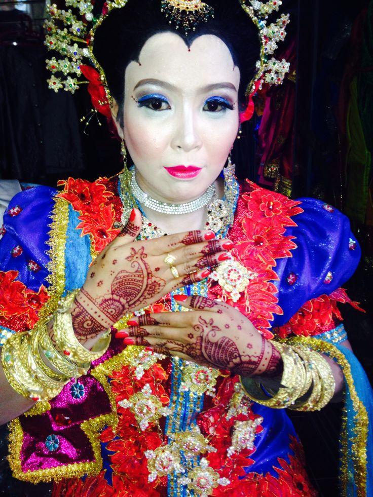 Henna wedding makassar