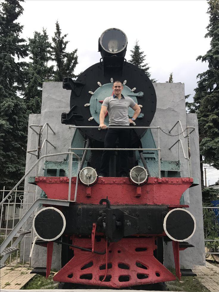 """Большое спасибо #калуга за хорошую погоду и прекрасные натурные съёмки в проекте """"Морозова"""" отправляюсь с любимой @fam_anastasiya в Москву. #сьемки #съемки #сериал #фильм #кино #роль #кастинг #пробы #поезд #экспресс #калуга #калуга1 #калуга40 #калуга24 #регион40 #москва #рф #левин #левиналександр #актер #актеры #актерыкино #актерскаяжизнь #актерище"""