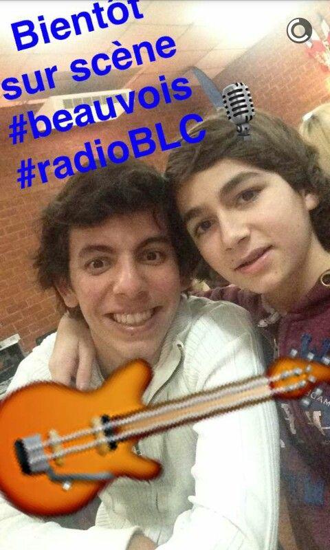 Assez Esteban poste des photos de lui et son cousin sur snapchat son  ZL38