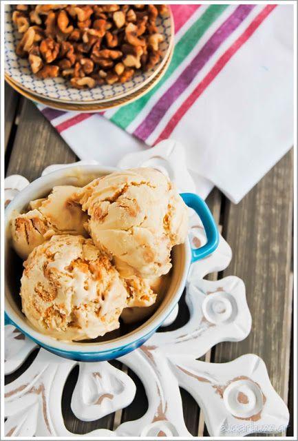 Sugar Buzz: Παγωτό γιαούρτι με μέλι & μπισκότα