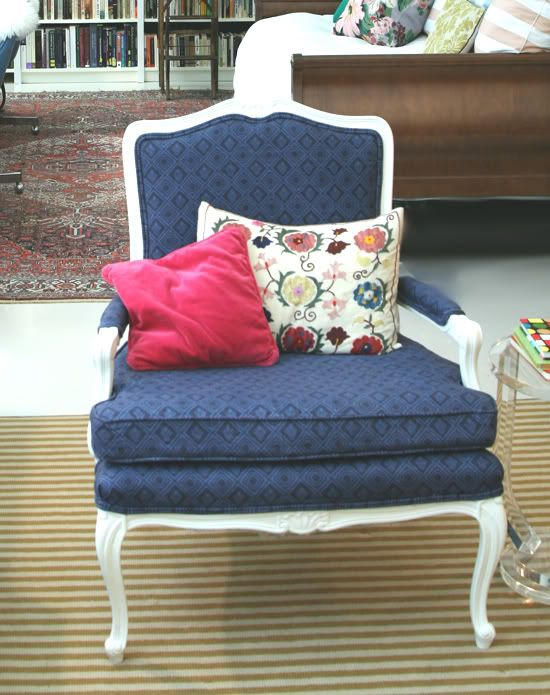 Little Green Notebook: How to Reupholster a Chair, Part 5: Sewing the Cushion