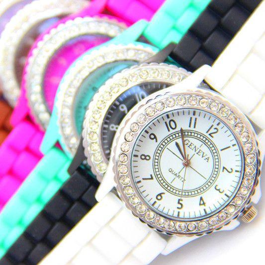 FREE New Silicone GENEVA Women Rhinestone Quartz Fashion Wrist Watch Watches