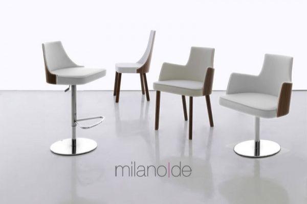 Ρυθμιζόμενο και περιστρεφόμενο barstool Mila,με το το κάθισμα να καλύπτεται με λευκό, μπεζ ή σκούρο καφέ eco leather και η πλάτη με ξύλο καρυδιάς.  https://www.milanode.gr/product/gr/2200/barstool_mila.html  #barstool #σκαμπο #επιπλο #επιπλα #μοντερνο #μοντερνα